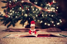 elf on the shelf | Angie Arthur Photography | Medina Ohio Portrait Photographer for Seniors, Families and Children