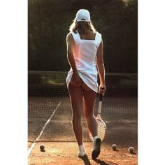 Maxi Poster Featuring the Iconic Tennis Girl Photo