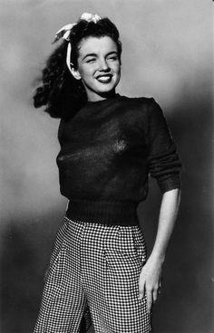 Norma Jeane Mortenson aka Marilyn Monroe was brunette too