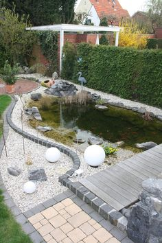 Bildergebnis für teich an der terrasse garten