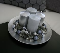 Gatsby Party, Xmas Decorations, Event Planning, Diy Home Decor, Centerpieces, Candle Holders, Parties, The Creation, Toss Pillows