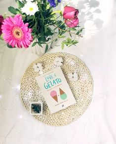 #book #booklovers #bookreview #booklovers #loveandgelato #bookflatlay Love And Gelato, Book Flatlay, Book Lovers, My Books, Christmas Bulbs, Holiday Decor, Christmas Light Bulbs, Book Worms