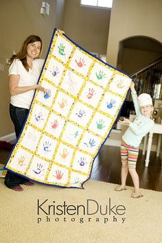 Love this Handprint Quilt!  Check out the tutorial.  It would be a precious teacher gift.  My friend had one in her K-5 class and I always loved it.