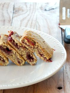 Paleo Breakfast Bars with Raspberry Filling | Cook It Up Paleo
