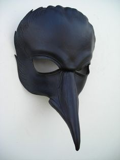 raven head mask by wingandtalon on Etsy Masque Halloween, Halloween Costumes, Fancy Dress Masks, Raven Mask, Plague Mask, Helmet Paint, Bird Masks, Head Mask, Leather Mask