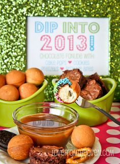 New Year's Eve Cake Pop Fondue Party at Love From The Oven #cakepops