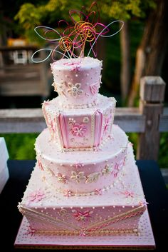 I just love this. The intricacy, the different shaped tiers. It's just lovely. I would't do that thing on the top though.