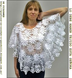 This Pin was discovered by Irm Gilet Crochet, Crochet Cape, Crochet Poncho Patterns, Irish Crochet, Crochet Shawl, Knit Crochet, Crochet Gratis, Crochet T Shirts, Crochet Blouse