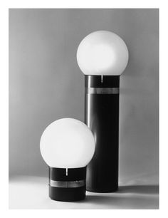Gae Aulenti, Mezzoracolo lamp , 1968