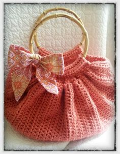 Free Crochet Pattern Fat Bottom Bag : Free Crochet Purses Bags Patterns FAT BOTTOM BAG CROCHET ...