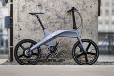 WorldDrop Ebikes and Scooters Find some of the best electric bikes, electric scooters and bike accessories on the market, wit the most updated prices. Electric Bikes For Sale, Electric Bicycle, Electric Scooter, Velo Design, Bicycle Design, Scooters, Scooter Design, Scooter Custom, Journal Du Design