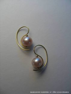 18K Gold Pearl Marianne Sleeper Earrings by, jewelry artist goldsmith, Marianne Brown. Love the curved wire