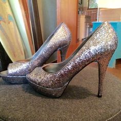 Silver sparkle peep-hole heels Worn once on New Year's Eve - glittery heels Guess Shoes Heels