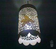 Luminária pendente de PVC                                                                                                                                                                                 Mais