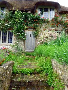 Look at this splendid country cottage style - what an artistic project Storybook Homes, Storybook Cottage, English Country Cottages, English Countryside, Cute Cottage, Cottage Style, Cottage Door, Romantic Cottage, Cottage Living