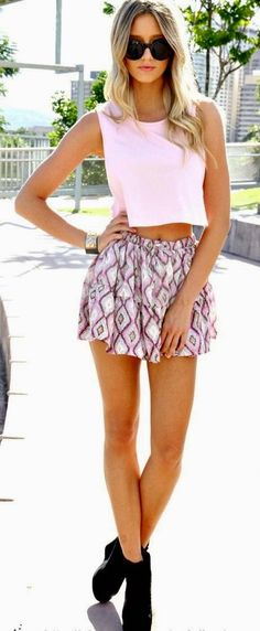 Pop top with Sexy Print Skirt   Chic Summer Street...