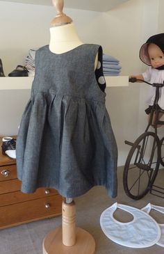 Bbk creations reversible grey / navy and white spotted dress for children summer 2011 Kids Dress Patterns, Kids Boutique, French Fashion, Navy And White, Kids Fashion, Summer Dresses, Children, Grey, Young Children