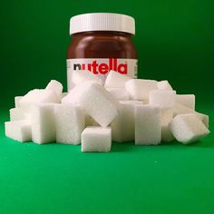 Nutella is made with 55% of sugar: a 440g Nutella jar has 249g of sugar. WHO's recommendation: 25g per day. /// Le Nutella est composé à 55% de sucre. Un pot de 440g en contient 249g. La recommandation de l'OMS : 25g par jour. #dealerdesucre #sugardealer #sugaraddiction #sugar #sugarfactory #drugs #drogue #sugarlover #drink #slurp #health #healthychoices #healthylifestyle #healthylife #foodindustry #agroalimentaire #food #chocolat #chocolate #pateatartiner #spread #ferrero #huiledepalme… Ketchup, How Much Sugar, Sugar Intake, Sugar Cubes, What You Eat, New Instagram, New Recipes, Health And Beauty, Projects To Try