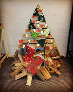Pallet Christmas Tree I made