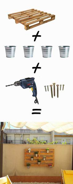DIY: Otra idea casera que preparamos con mi mujer Anna. Conseguimos un palé que colocamos en la pared de nuestra terraza mediante ...