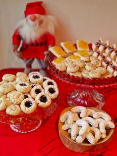 1 Dough, 6 Cookies – A Scandinavian Christmas Cookie Smorgasbord