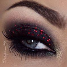 Black and red glitter eyeshadow #eye #makeup