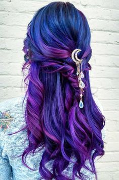 Hair color Purple and blue hair hair styles are all the rage, and we wish to experiment with the hair color. Blue Purple Hair, Turquoise Hair, Hair Color Purple, Hair Dye Colors, Cool Hair Color, Blue Ombre, Pastel Purple, Blue Colors, Teal Blue
