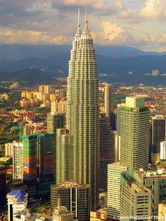 Petronas Twin Tower - Kuala Lumpur, Malasya (451.9m/1483ft) (Cesar Pelli & Associates)