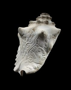 Maya (incised conch shell)
