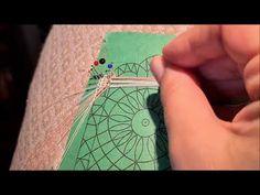 Encaje gallego La maravilla,remate inicial en ondas - YouTube Lace, Cards, Youtube, Bobbin Lace Patterns, Crocheting, Waves, Initials, Trapillo, Tutorials