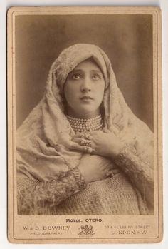 La Belle Otero, Famous Belle Époque Spanish Courtesan Original RARE 1880s Victorian English Antique Cabinet Card Photography by W & D.Downey