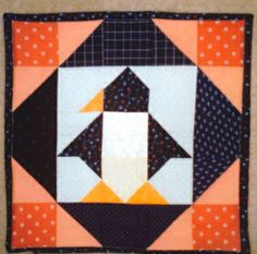 Kissen Pinguin Timon Quilts, Blanket, Cards, Pillows, Quilt Sets, Blankets, Maps, Log Cabin Quilts, Cover