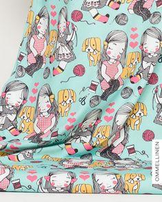 Sewing Club (ompelupiiri) by Leena Renko
