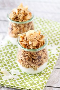 gluten free coconutty granola - Sarah Bakes Gluten Free