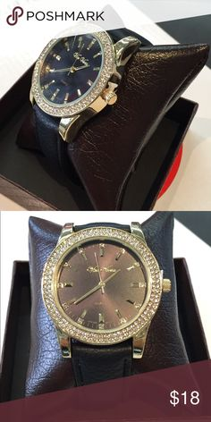 Brilliant black dial watch Leather band with gold case with crystals Accessories Watches
