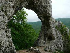 Pilisszentkereszt - Vaskapu-szikla. Hungary Budapest, Beautiful World, Beautiful Places, Heart Of Europe, City Landscape, Natural Wonders, Oh The Places You'll Go, Homeland, Countryside