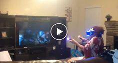 A Reação Desta Idosa a Experimentar Uma PlayStation VR pela Primeira Vez é Simplesmente Hilariante