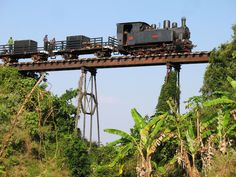 The_iconic_bridge_on_the_Cepu_Forest_Railway.JPG (3264×2448) #modeltrainbridges