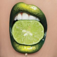 In the Limelight - Makeup Artist Vlada Haggerty Takes Lip Art to the Next Level - Photos The Effective Pictures We Offer You About lips makeup glossy Lipstick Art, Lip Art, Liquid Lipstick, Green Lipstick, Makeup Art, Lip Makeup, Beauty Makeup, Makeup Drawing, Makeup Ideas