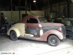 Photo  1936 Ford 3 Window coupe