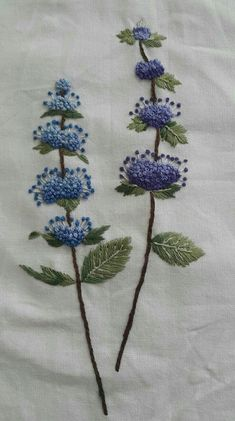 French Knot Embroidery, Ribbon Embroidery Tutorial, Embroidery Flowers Pattern, Hand Embroidery Stitches, Silk Ribbon Embroidery, Crewel Embroidery, Hand Embroidery Designs, Cross Stitch Embroidery, Machine Embroidery