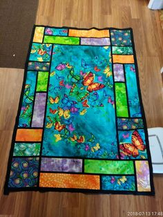 Quilt using a panel Big Block Quilts, Quilt Block Patterns, Japanese Quilt Patterns, Quilting Projects, Quilting Designs, Quilting Ideas, Fabric Panel Quilts, Baby Quilt Panels, Asian Quilts