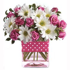 Teleflora's Pink Daisy Delight - make Mom's day with a surprise bouquet of pink roses and white daisies in a dazzling fuchsia jar. Design Floral, Deco Floral, Pink Daisy, Pink Roses, Pink Gerbera, Gerbera Daisies, Yellow Roses, Pink Yellow, Pink White