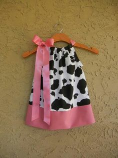 Pink Cow Print Pillowcase Dress - sizes to CUTE for Birthday parties Cow Birthday Parties, Farm Birthday, Birthday Ideas, Cow Appreciation Day, Pink Cow, Cowgirl Party, Cow Print, Girl Outfits, Girls Dresses