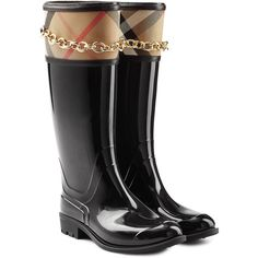 Burberry Shoes & Accessories Patent Wellington Boots (€258) ❤ liked on Polyvore featuring shoes, boots, black, black rubber boots, wellies boots, black patent shoes, burberry boots and black patent leather boots