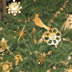Christmas Ornament Making at Balzekas Museum of Lithuanian Culture in Chicago