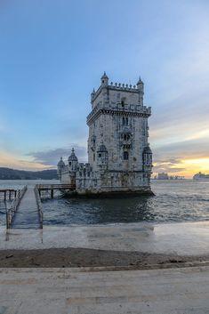 Torre de Belém by Weiyi Chua / 500px