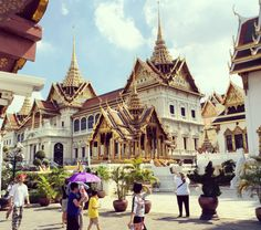 There's more to Bangkok than the Grand Palace and cheap shopping. Click here for an Itinerary when you have four days in Bangkok
