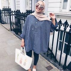 Pin by summer child on my go to style! Modern Hijab Fashion, Hijab Fashion Inspiration, Islamic Fashion, Muslim Fashion, Modest Fashion, Fashion Outfits, Modest Wear, Modest Dresses, Modest Outfits