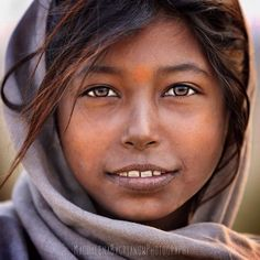 These Photos Show The Beauty Of Indian People By Polish Photographer Magdalena Bagrianow Beautiful Children, How Beautiful, Beautiful People, Indian People, Steve Mccurry, Model Face, Many Faces, Portraits, Belleza Natural